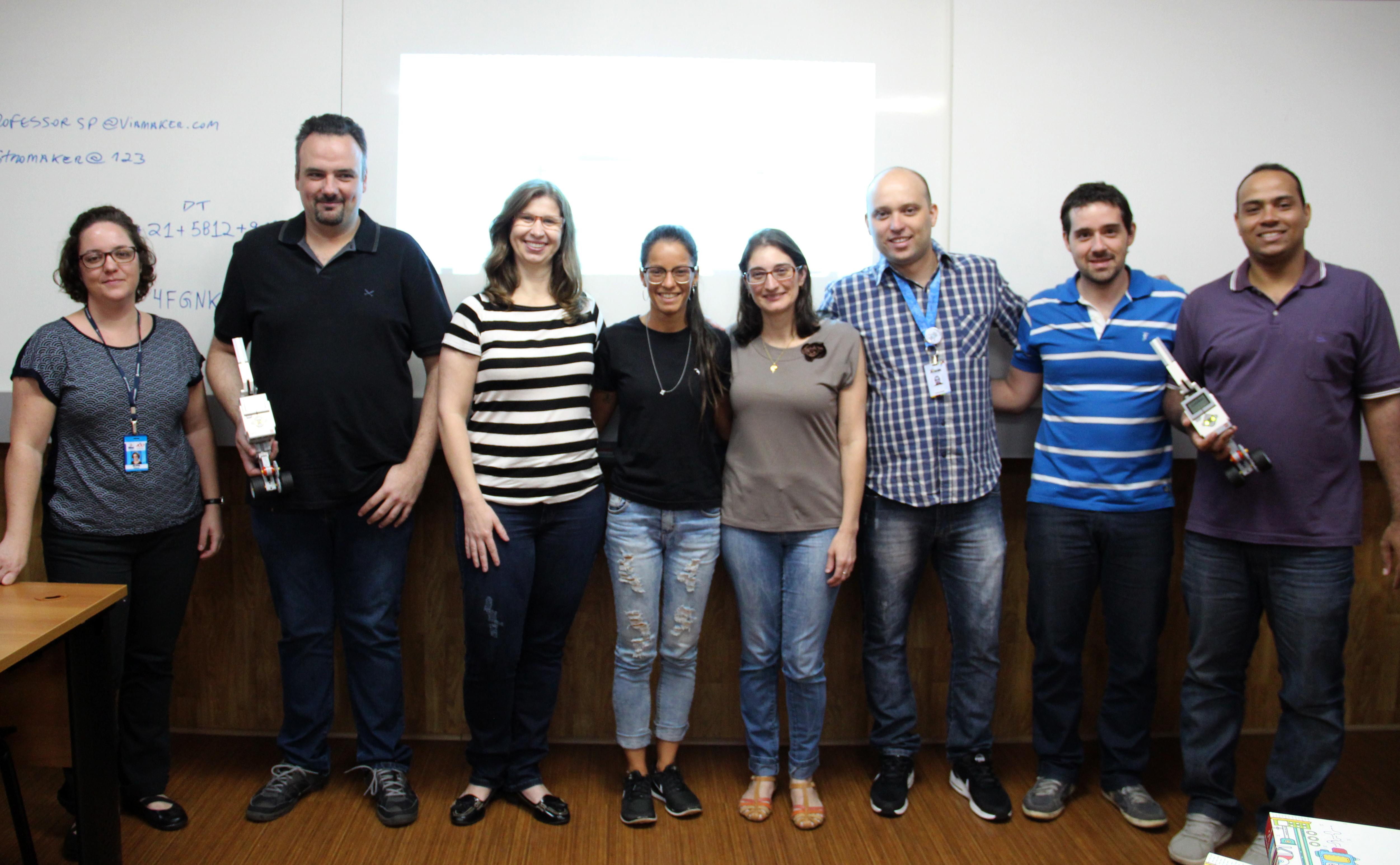 Professores do Fundamental II e Médio participam de curso de capacitação em Robótica