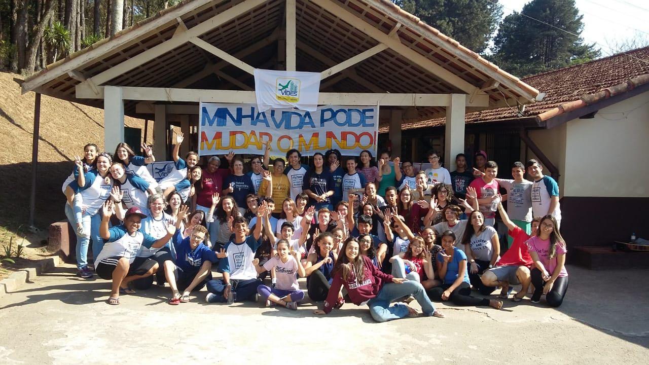 Alunos do Grupo de Voluntariado promovem ação em Obra Social Salesiana